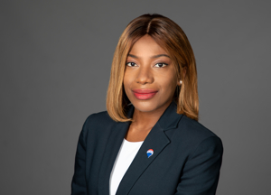Rosy Amoes, RE/MAX Real Estate Consultants